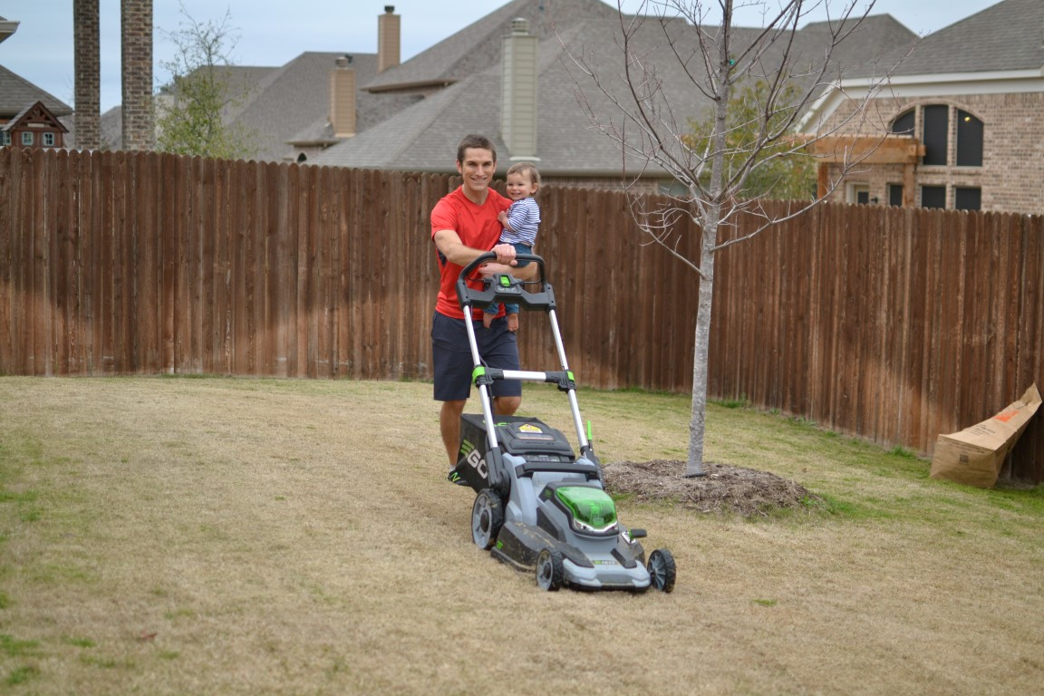 Rhone-Activewear-Mowing-Avery-Smiling