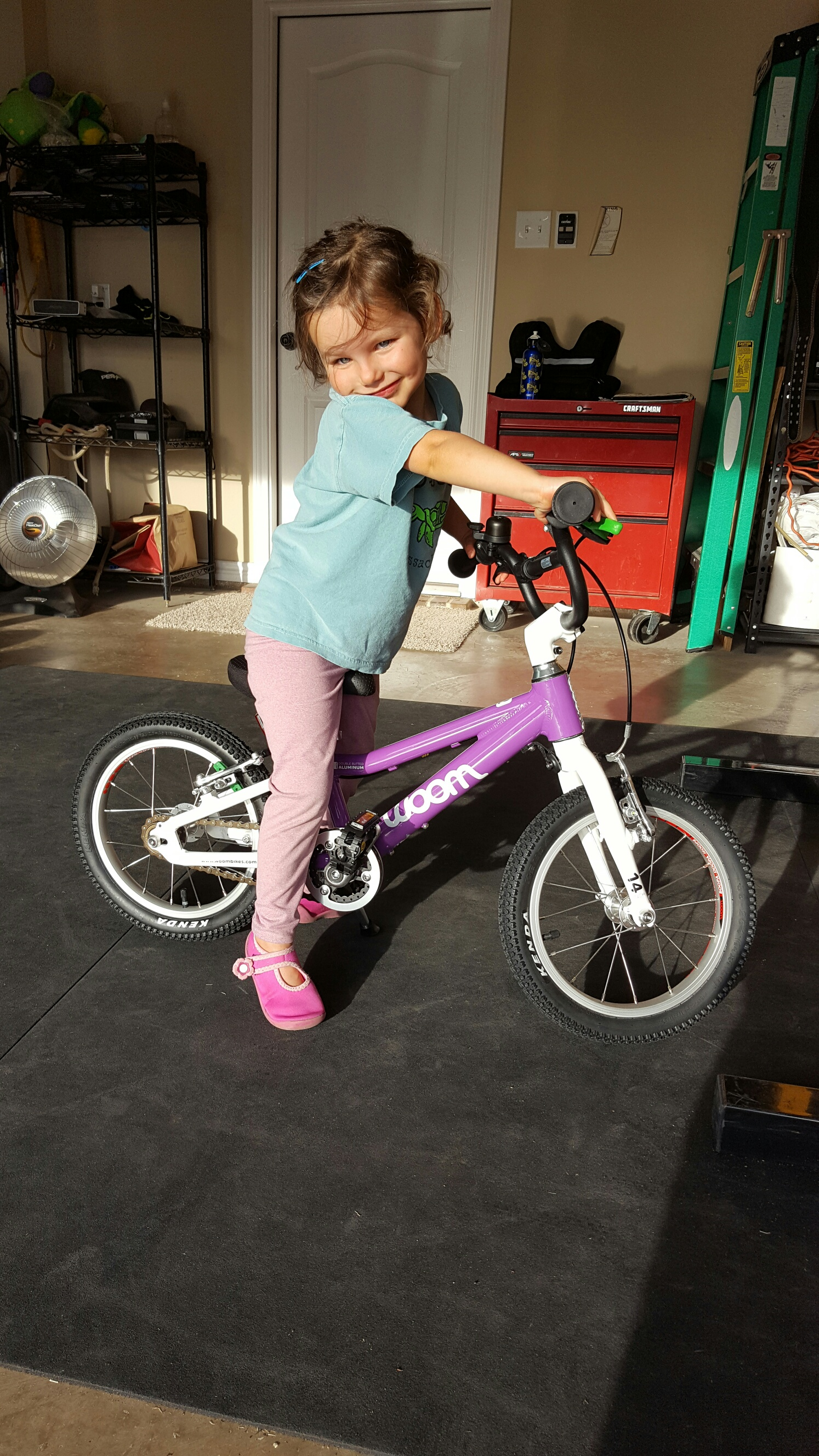 woom bikes, balance bike, pedal bike, no training wheels, training wheels, riding bike, kids